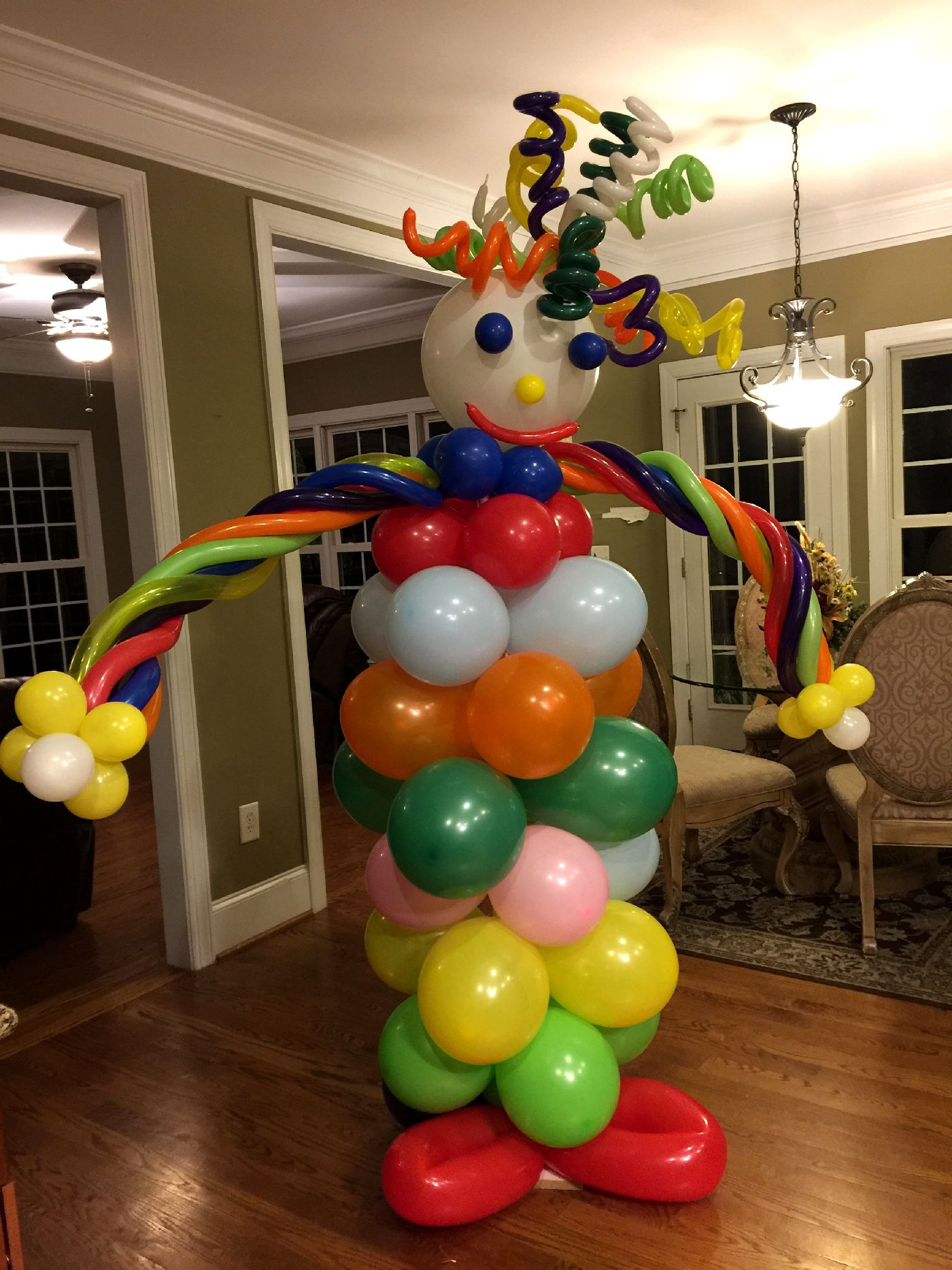 Giant clown balloon decoration to get every one talking at your next event